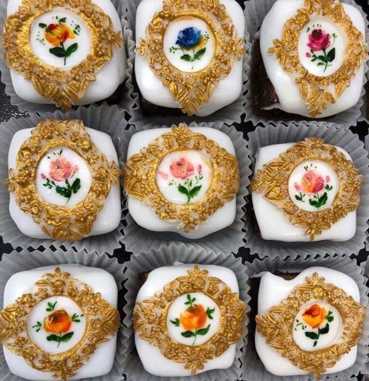 mini-cake-unique-design-611-1 (3)